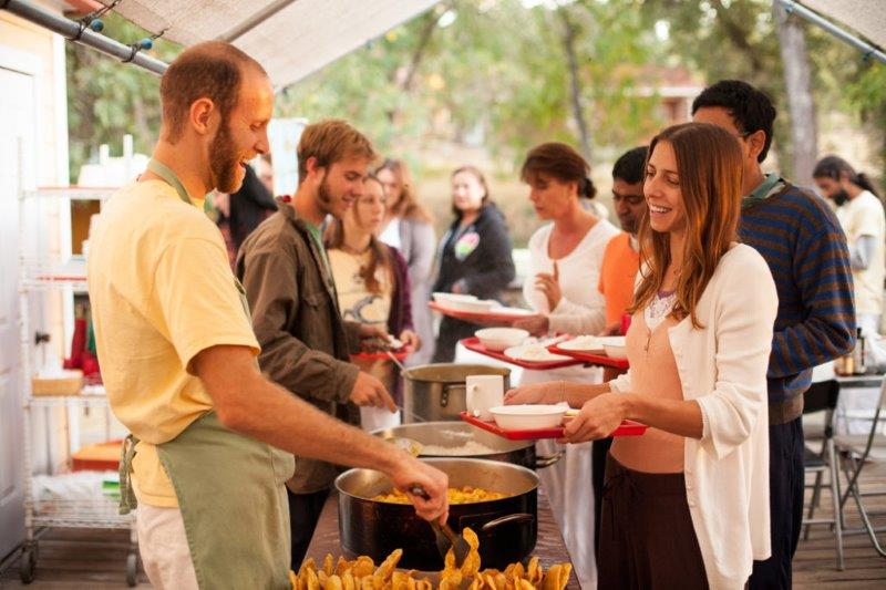 Yoga Vacation guests enjoy fresh, nutritious meals prepared by our staff practicing karma yoga