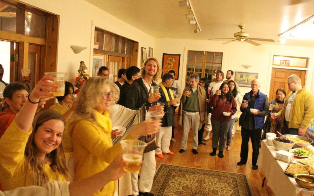 Vegetarian Thanksgiving and Kirtan Concert at the Yoga Farm